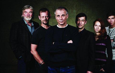 Sexy detektivové! Standa Majer a Lukáš Vaculík. ČT představila nové podzimní seriály
