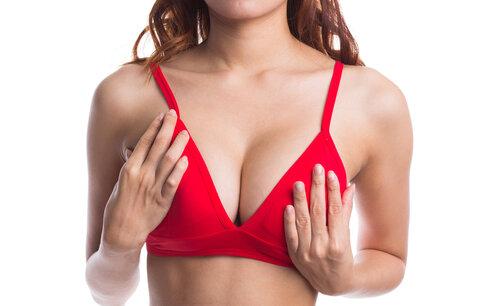 Nahmatala jste si něco bolestivého v prsu? Jak poznáte, jestli jde o nádor?