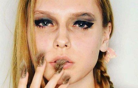 Chlupaté nehty: Nový trend, nebo naprostý úlet?