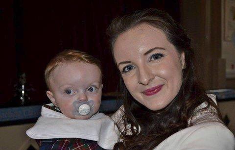 Mladá žena neměla tušení, že je těhotná. Porodila v sedmém měsíci na záchodě!