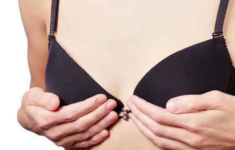 Malá prsa mohou být sexy: Pomůže vám skvěle padnoucí podprsenka!