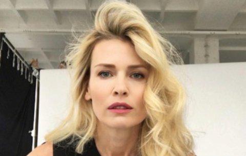 Celebrity na síti: Borhyová při focení kalendáře a nestárnoucí Peštová