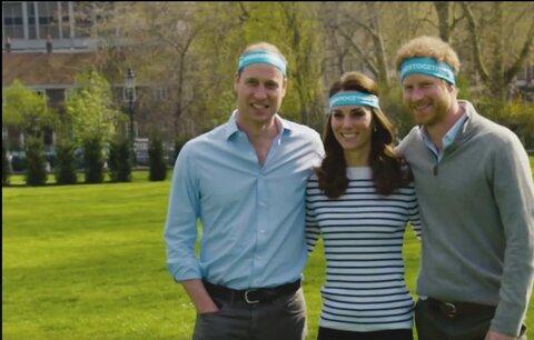 Kate, William a Harry ve videu lákají na londýnský maraton. Podívejte se, jak jim to sluší!