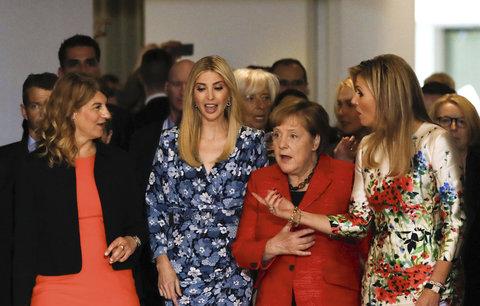 Účast Ivanky Trump na summitu žen popudila část Němců. Nemá tam prý co dělat