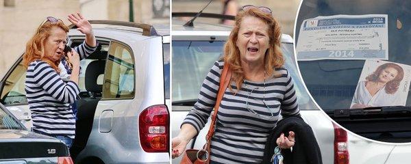 Stašová v Praze parkuje na fotku a... Drsná hádka po telefonu
