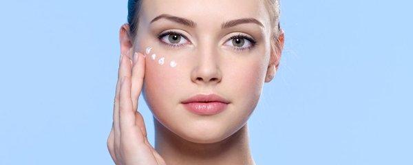 10 nejlepších produktů pro oči bez vrásek a tmavých kruhů