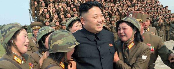 Kimova armáda panen: Diktátorovi KLDR slouží i 13leté dívky