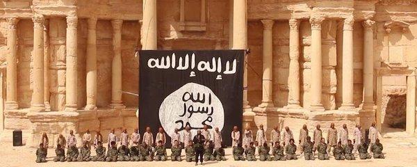 Další šokující video ISIS: Teroristé zavraždili 25 lidí v amfiteátru