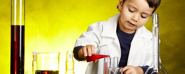 Jak vaše dítě zvládá školu? Štíři mají problém s autoritami, Vodnáři s nepozorností