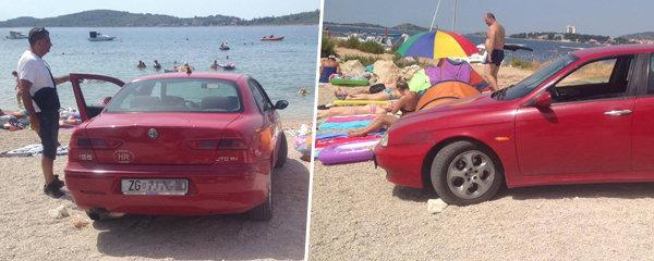 Arogantní řidič zaparkoval v Chorvatsku na pláži mezi rekreanty: Před policisty se vymlouval