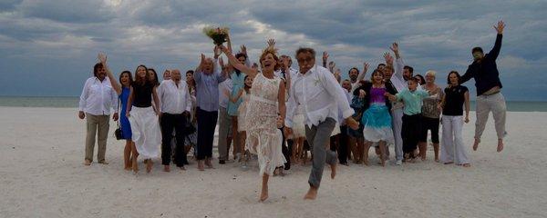 Od začátku roku už tři svatby! Kdo z českých celebrit do toho praštil?