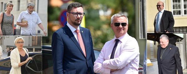 Mynářovy padesátiny na Hradě: Přišel Tvrdík, Duka, Uzel i parta (ex)ministrů