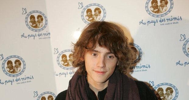 Filip navštěvuje třináctiletou Britskou školu