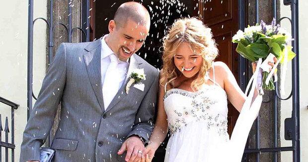 Lucie Vondráčková (31) a Tomáš Plekanec (28) na svatbě