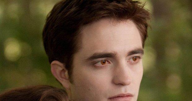 Kristen a Robert jako jejich filmové role Bella Swan a upír Edward.