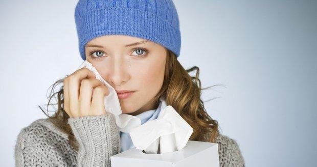 Začíná období chřipkové epidemie. Je nutné se proti němu chránit?