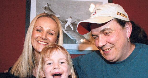 Šťastná rodinka v roce 2003