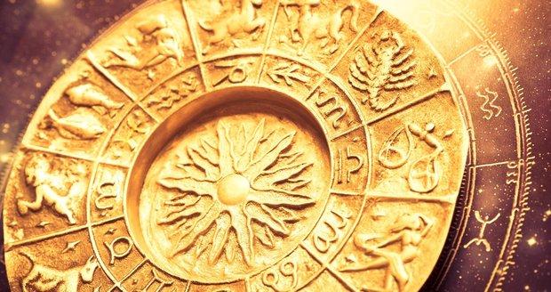 Velký horoskop na září: Střelce čeká stres, Blížence spousta sexu