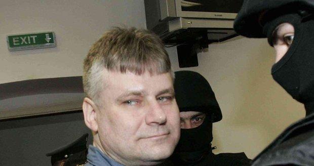 Před 16 lety uprchl z Mírova Kajínek: Dopadli ho jen v trenýrkách po pěti týdnech