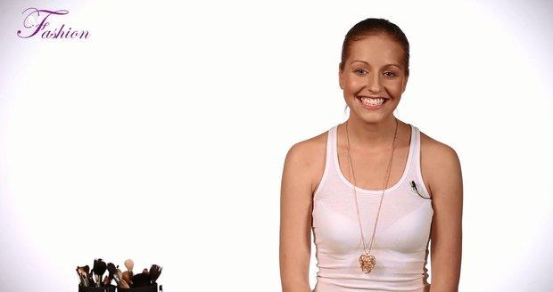 Zpěvačka Mista vám tentorkát poradí, jak si pomocí líčidel vytvořit dokonalé rysy v obličeji.