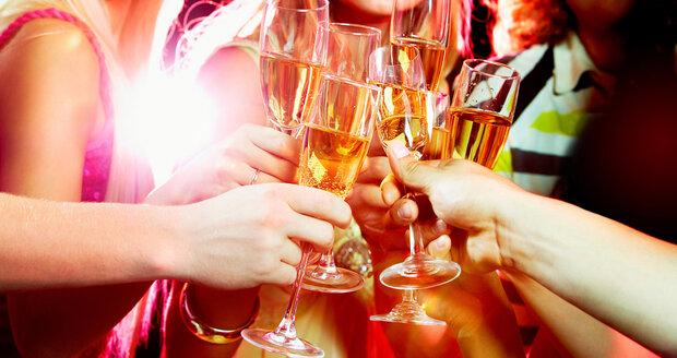 Jak přežít Nový rok bez kocoviny? Zkuste čtyřdenní očistnou kůru