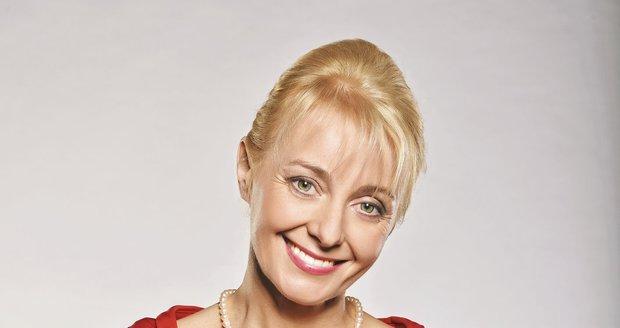 Pro roli svého mladšího já v seriálu Všechny moje lásky si ji vybrala sama Veronika Žilková.