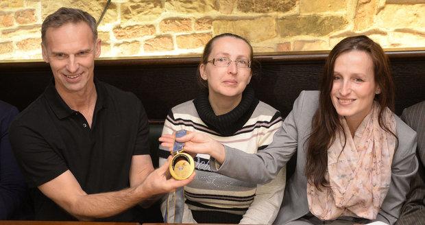 Hašek: Dám medaili z Nagana tomu, kdo vrátí Michalákové syny z Norska!