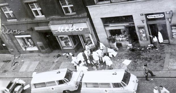 Na místě zůstalo osm mrtvých.