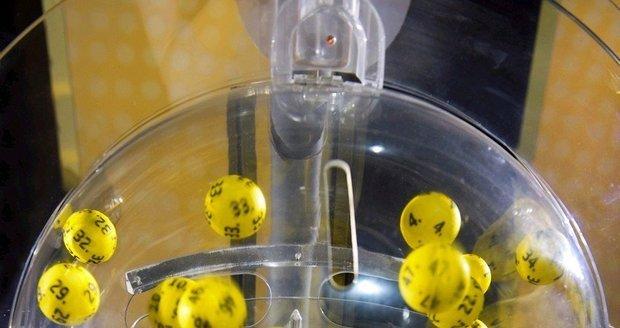 V Česku zkouší štěstí v loteriích zhruba každý třetí.