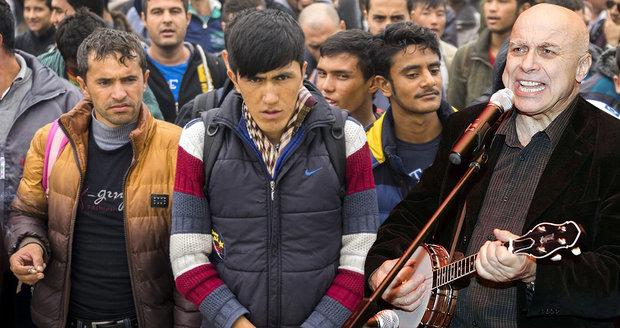 Píseň Ivana Mládka si oblíbili odpůrci uprchlíků. Co na to autor?
