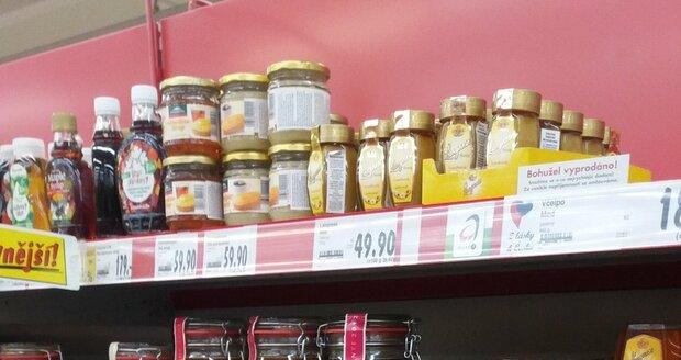Antibiotika byla loni v medu a Včelpo muselo produkty stáhnout.