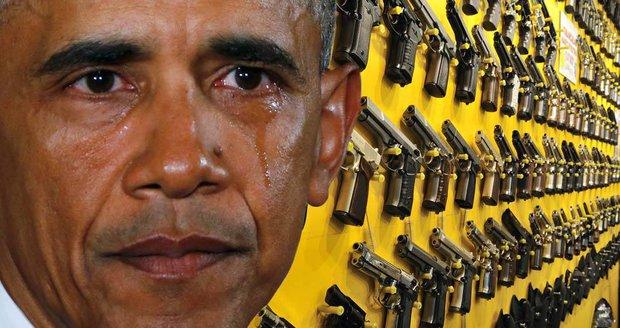 Americký prezident v emotivním projevu plakal. Vzpomněl masakry a vytáhl do boje proti prodeji a držení zbraní.