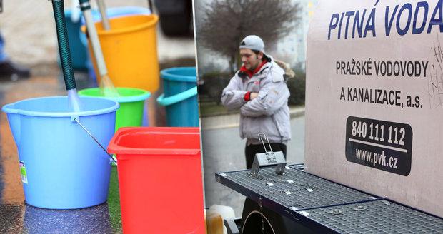 Havárie na vodovodním řadu odřízla tisíce obyvatel šesté městské části od pitné vody. (ilustrační foto)