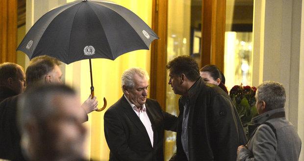 Martin Nejedlý nechyběl ani na oslavě zvolení Miloše Zemana prezidentem (únor 2013).
