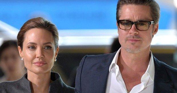 Angelina a Brad se rozvádějí! Jaký byl příběh jejich lásky?