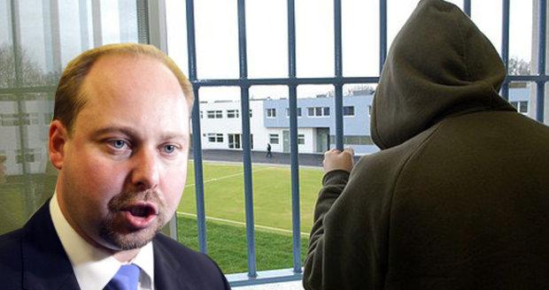 Poslanec Jeroným Tejc chce zasáhnout proti mladistvým zločincům.