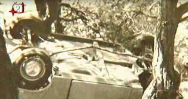 1973: Tak dopadlo skutečné auto Hepnarové. Policie ho našla pod srázem na Slapech.