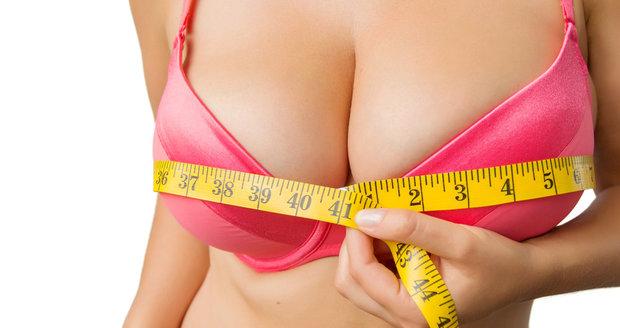 Nejlepší cviky  na prsa, která vám vykouzlí krásný dekolt!