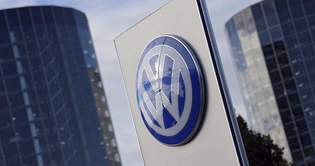 Skandál strhl VW do červených čísel: Utrpěl rekordní ztrátu 1,6 miliardy eur
