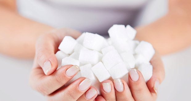 Víte kolik cukru byste měli denně maximálně sníst?