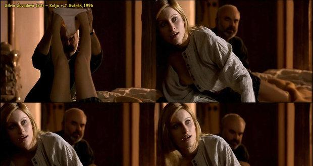 Takhle se Silvia Šuvadová svlékla ve filmu Kolja.