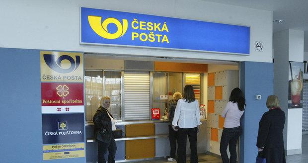"""Pošťák bude dál i pojišťovák. Finanční služby zůstanou """"pod palcem"""" ČSOB"""