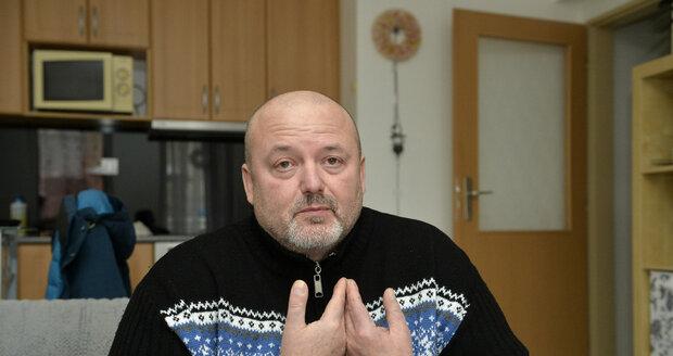 Pan Jiří Vild si na leasing koupil vůz v autobazaru. Po roce zjistil, že na jeho auto má předešlý majitel exekuci.