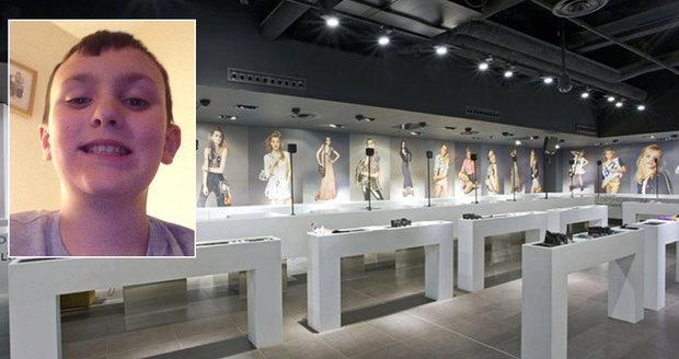 Kaden Reddick (†10) zahynul poté, co na něj v obchodě spadl nákupní pult.