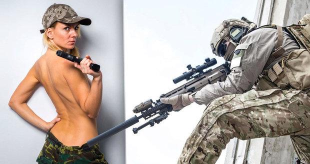 """Mariňáci si posílali nahé """"vojandy"""" a peprně je komentovali. V USA řeší skandál"""