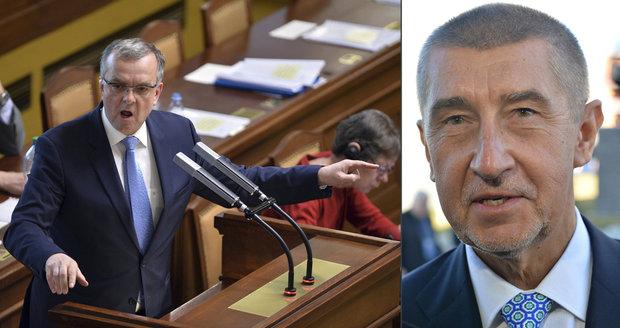 """Miroslav Kalousek prosadil ve Sněmovně bod """"Daňové podvody ministra financí""""."""