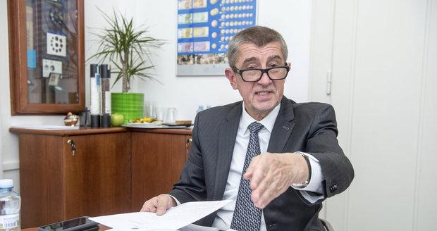 """Babiš odmítá platit v Česku eurem. """"Zachovejme si korunu,"""" volá vicepremiér"""