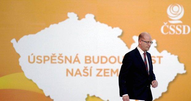 """""""Povýpraskový"""" sjezd ČSSD bude 18. února. Nástupce Sobotky zvolí v Hradci Králové"""