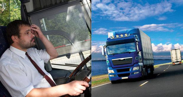 Řidiči odjíždějí za prací do ciziny. V Česku chybí až 10 tisíc profesionálů