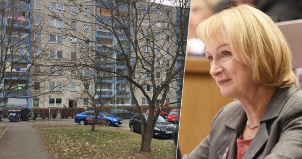 Senátorka Jitka Seitlová (za SZ) chce, aby SVJ měla větší nárok na uspokojení dluhů v dražbách nebo exekucích než banky.